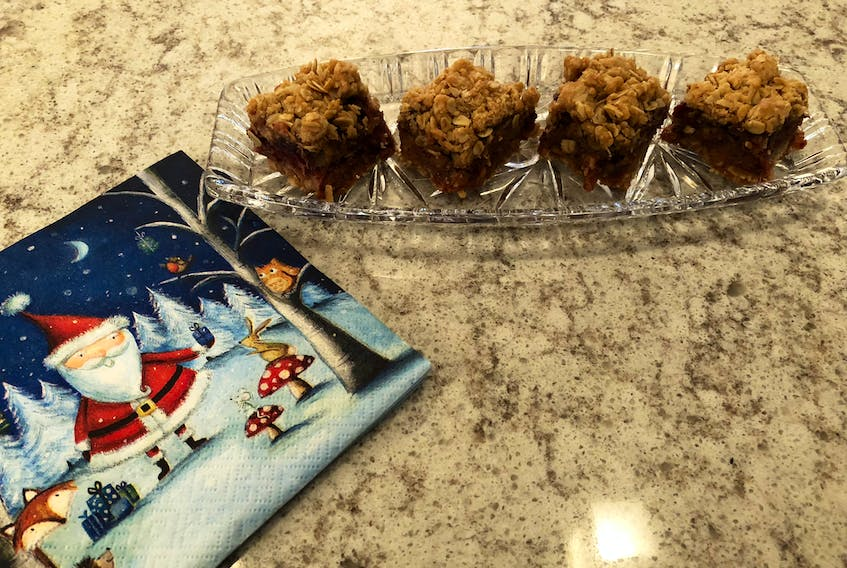 These moist and tasty date squares are a treat — tasty enough to consider as gifts for a host or hostess who'll be grateful to get them. — Cynthia Stone photo