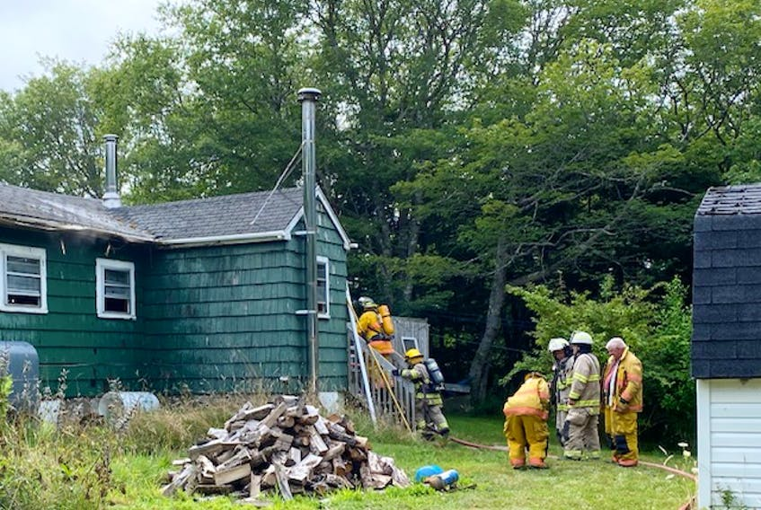 A fire on the Pembroke Road was knocked down relatively quickly, despite lots of smoke inside the building.