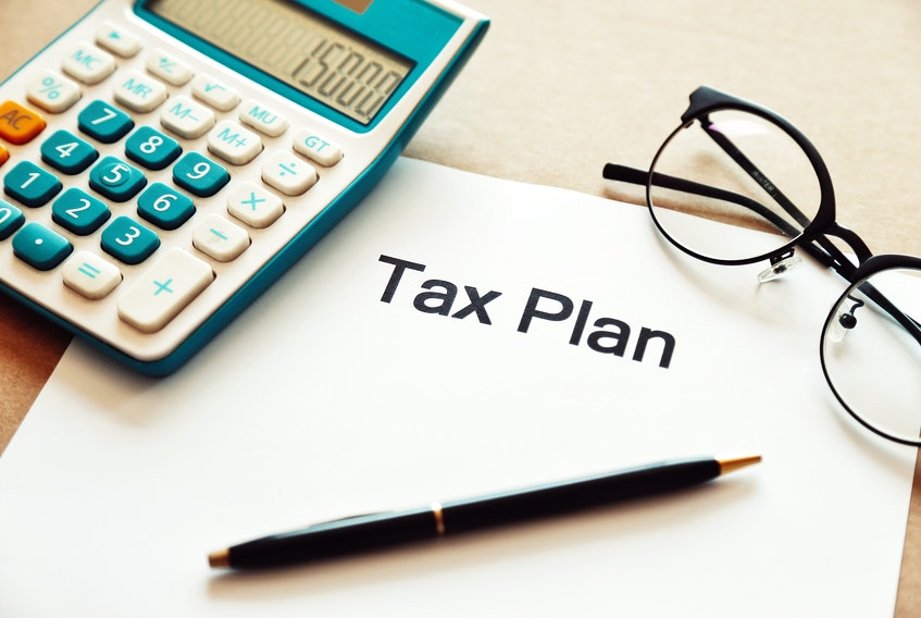 Tax time is just around the corner and for many now is the time to consider the impact of collecting CERB payments. STOCK