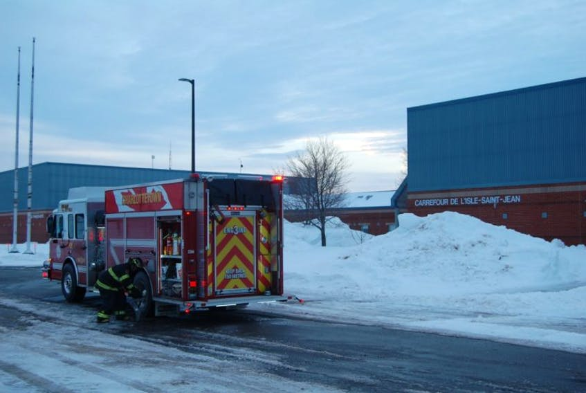 École Francois-Buotte was on a one-hour delay today after firefighters responded to a propane leak.