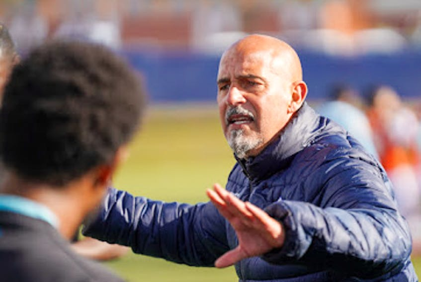 HFX Wanderers head coach Stephen Hart gives out instruction during the Canadian Premier League championship final against Forge FC on Saturday. - Chant Photography