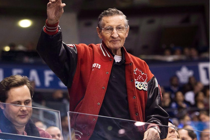 CP-Web.  Walter Gretzky, father of Hockey Hall-of-Famer Wayne Gretzky, waves to fans as the Buffalo Sabres play against the Toronto Maple Leafs during third period NHL hockey action in Toronto on Tuesday, January 17, 2017.Police say they have made two arrests after Wayne Gretzky memorabilia was stolen from the home of the hockey legend's father. The Gretzky family reported the souvenirs were stolen from Brantford, Ont., home of Walter Gretzky in August.