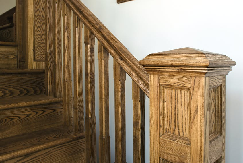 This staircase shows no significant signs of wear after more than 10 years of daily use. When wear finally does show up, renewing the oil finish will be easy.