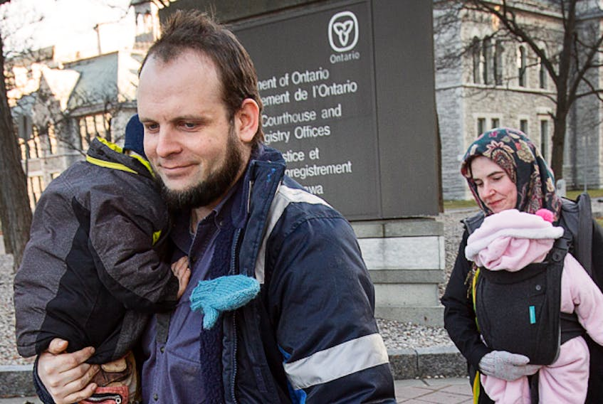 Joshua Boyle and his wife Caitlan Coleman with their children in Ottawa in November 2017.