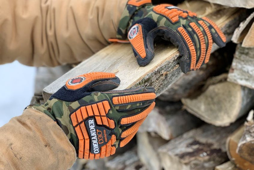 These Canadian-designed gloves offer unique back-of-hand protection plus a financial contribution to Wounded Warriors Canada for each pair sold.
