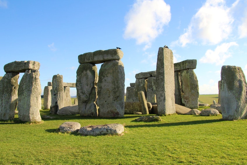 Stonehenge is an ancient monument consisting of the remains of a ring of standing stones in Wiltshire, U.K.