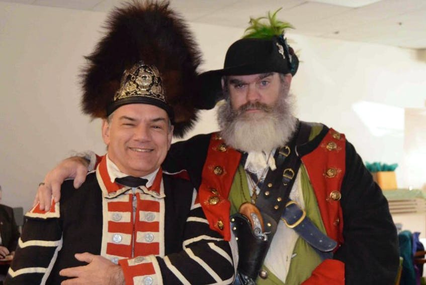 Even British soldiers and pirates get along at the levee.