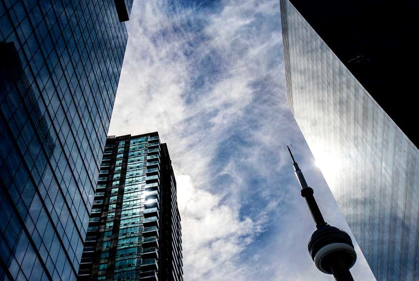 With so much uncertainty in the markets these days, retail investors might be tempted to look at where Canada's largest institutional investors are putting their money.