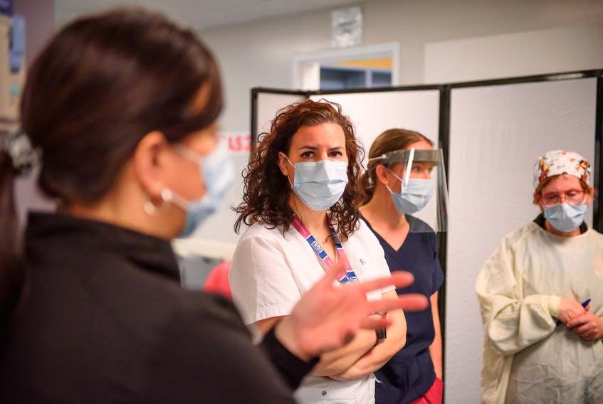 A report commissioned by the Canadian Federation of Nurses found health authorities in Canada failed to properly protect frontline health-care workers at the outset of the COVID-19 pandemic.