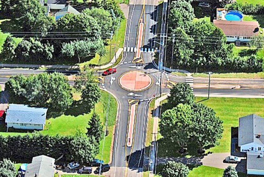 <p>This is an aerial view of the Brackley Point Road/Oak Drive mini roundabout. It may be smaller than traditional roundabouts, but it's drawing big praise from councillors and the public.</p>
