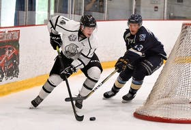 Mount Pearl's Zachary Dean (left) hasn;t seen a lot of ice time with the Gatineau Olympiques thanks to the impacts of COVID-19. — Martin Roy/Le Droit